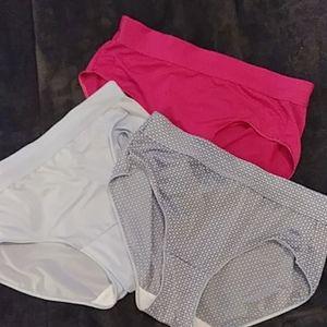 Hanes X-Temp Microfiber Underwear Size M - 3 Pairs